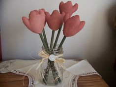 Primitive Boquet of 5 Pastel Pink Tulips for by MondaysChildPrims, $8.50 @Melodie Andrade Bishop