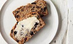 Davina's 5 weeks to sugar-free: Fruit tea bread Granola special k granola slimming world Sugar Free Fruit Cake, Low Sugar Cakes, Sugar Free Fruits, Sugar Free Sweets, Sugar Free Baking, Sugar Free Diet, Gluten Free Baking, Healthy Cake, Healthy Baking