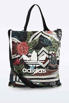Adidas XFL Printed Shopper Bag Gym Style, Casual Bags, Shopper Bag, Gym  Fashion bb0b7fd5ae