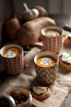 another winter delight - sweet potato cream soup, recipe at: http://www.sokeen.fr/2013/04/creme-de-patates-douces/ (too bad it's not in english!)