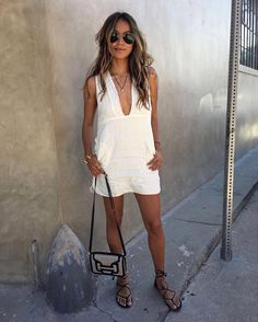 """Completely obsessed with our new linen Drew dress! ❤️ @shop_sincerelyjules 