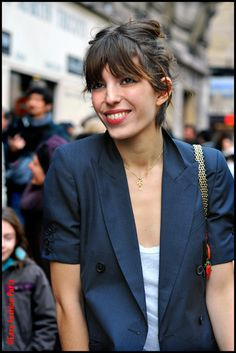 Lou Doillon - love the short sleeve jacket.