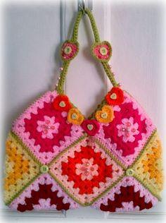 granny square bag with hearts. ❤CQ crochet hearts valentines