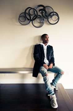 So Big Sean also has a thing for healthy eating and vitamins...  http://www.thecoveteur.com/big-sean-style/