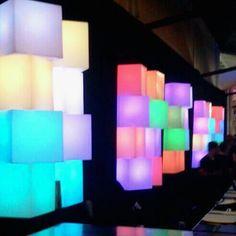 soholeds | locação mobiliário led | festas & eventos  Sob a luz  #soholeds !!!  #locação #cubosled #controleremoto #receptivo #eventos #festas #ambientações #decoração #portabilidade #soholeds