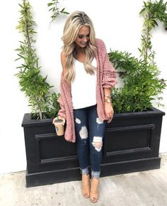 """19.2k Likes, 323 Comments - Emily Herren (@champagneandchanel) on Instagram: """"Wore this cute little top to Brunch on Saturday Get the deets through the link in my bio!…"""""""