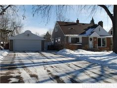 2236 Gardenette Drive S, White Bear Lake, MN 55110 — Beautifully Maintained Charming Home in Excelent Condition, Gleaming Hardwood Flrs Just Refinished in Lr/Dr W/ Fp & Patio Door To Deck & Fenced Yard Lrg Br's Up W/ Hardwood Under Carpets, Dbl Gar W/ Single Tandem= 3 Car, Rec Rm W/ Fp, Wonderful Location!