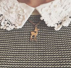 Zoella Cute lace collar and fawn necklace Zooey Deschanel, Mode Style, Style Me, Zoella Style, Colar Diy, Retro, Lily Evans, Hipster, Lace Collar