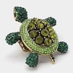 The Baggage animal collection... turtle ring