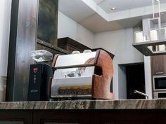 LUCCA A53 Mini Espresso Machine by La Spaziale – Clive Coffee Home Espresso Machine, Love Home, Lucca, Barista, Mini, Design, Baristas