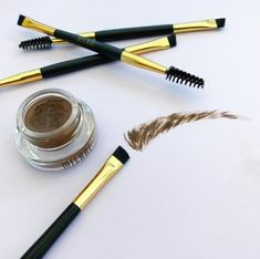 Milani Stay Put Brow Color will stop you spending all your cash on Anastasia Dip Brow pomade — it's just as good AND actually comes with the spoolie and brush applicator. 25 Inexpensive Beauty Products That Are Better Than The Expensive Versions Anastasia Dipbrow Pomade, Anastasia Dip Brow, Anastasia Beverly Hills Dipbrow, Makeup Dupes, Eye Makeup, Makeup Geek, Dupe Makeup, Makeup Tricks, Makeup