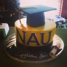@kikichu_lover is one lucky graduate. College Graduation Parties, Graduation Celebration, Grad Parties, Graduation Cake, Northern Arizona University, Party Entertainment, Christening, Cake Decorating, Goodies