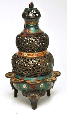 Graham Geddes Antiques - A Chinese Cloisonne Censer, Call 03 9509 0308 or send an enquiry grahamgeddes@grahamgeddesantiques.com (http://shop.grahamgeddesantiques.com.au/a-chinese-cloisonne-censer/)