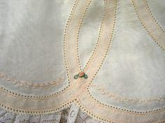 pin stitched lace tape - Beautiful!