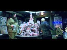 하이네켄의 새로운 광고 동영상 007 Skyfall 화려한 영상과 짜임새 있는 연출이 돋보이는,.