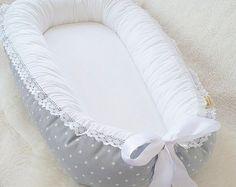 Baby nest Babynest Puder pink with white stars por BelisaBrand