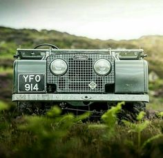 Land Rover series One Frontal Face
