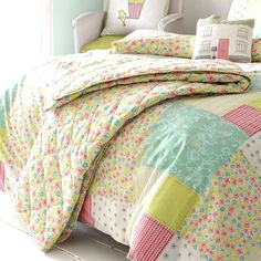 Kirstie Allsopp Luella Spring Bed Throw: Kirstie Allsopp: Amazon.co.uk: Kitchen & Home