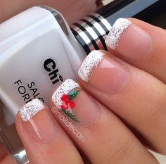 Holiday nails. Christmas nails.