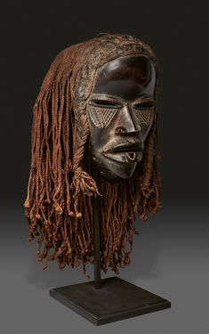 Ivory Coast DAN MASK WITH FIBRE COIFFURE, Auktion 1103 Art of Africa, the Pacific and the Americas, Lot 1   #tribalmask #africanmask #mask #lempertz #danmask