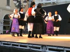 Sardinian Dancing:, I Maestri del Goceano: Bono  Cavalcata Sarda 2009