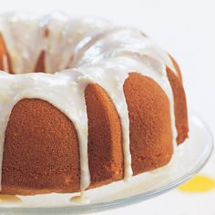 Light. Lemony. Covered in icing... sounds like one magical Bundt cake.