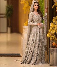 Here's to the top bride of the week ✨✨ Extravagant details Asian Bridal Dresses, Asian Wedding Dress, Pakistani Wedding Outfits, Pakistani Wedding Dresses, Bridal Outfits, Indian Dresses, Red Wedding, Wedding Hijab, Bridal Wedding Dresses