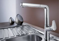 An overview of all current BLANCO mixer taps. Kitchen Mixer Taps, Sink Taps, Sinks, Beautiful, Home Decor, Stylish, Gastronomia, White People, Design Ideas