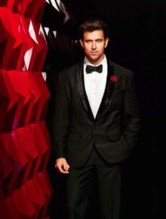 Hrithik Roshan Appointed Brand Ambassador of VIP Indian Men Fashion, Mens Fashion Suits, Bollywood Actors, Bollywood Celebrities, Celebrity Photographers, Indian Man, Actress Pics, Formal Looks, Hrithik Roshan