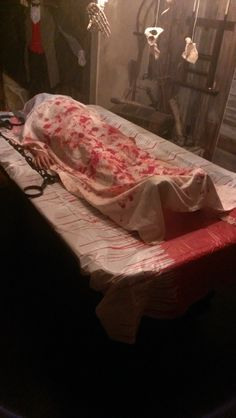 Static: Halloween Dead body, covering pool Billard table with a stuffed body and a bloody tablecloth Halloween Maze, Adult Halloween Party, Halloween 2014, Creepy Halloween, Halloween Projects, Halloween House, Holidays Halloween, Dexter Halloween, Halloween Goodies