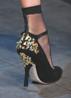 BAROQUE STYLE, IN DOLCE & GABBANA FW 2012-13