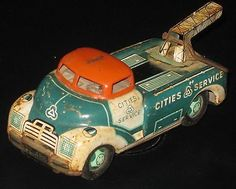 Vintage Line Mar Tin Cars and Service Center Garage Toys Made in Japan