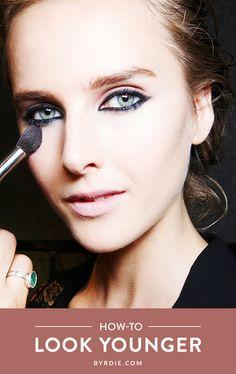 4 genius makeup tricks look younger—no surgery necessary // #Beauty #Makeup