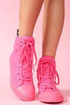 9bd4d7eb3c4427 Nexxus Sneaker - Neon Pink Converse Sneakers
