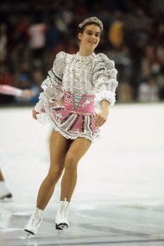 Ahead of the 2020 Summer Olympics, take a look back at 100 years of colorful, innovative, and scandalous Olympic uniforms and outfits, worn by Team USA and more. Katarina Witt, Stunning Dresses, Nice Dresses, Cobalt Dress, Figure Skating Outfits, Sparkly Outfits, American Athletes, Trendy Halloween, Easy Costumes