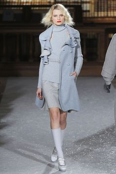 See the complete Luisa Beccaria Fall 2010 Ready-to-Wear collection.