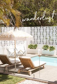 Extraordinary Breeze Block Ideas For Beautiful Home Style 110 – Breeze Blocks Outdoor Spaces, Outdoor Living, Outdoor Decor, Outdoor Pool Areas, Breeze Block Wall, Living Pool, Palm Springs Style, Building Raised Garden Beds, Pool Landscaping