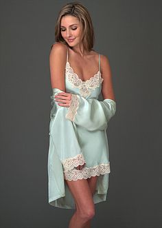 """This #Silk #Chemise is in our fabulous #FinalFour giveaway. Use """"PIFINAL4"""" at check out and get a free best-selling travel bag on JuliannaRae.com."""