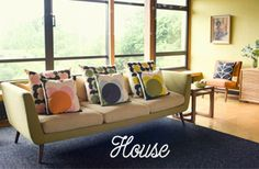 Orla Kiely is an Irish contemporary designer known for her unique retro prints and designs. Interior Design Kitchen, Interior Design Living Room, Living Room Decor, Bedroom Decor, Orla Kiely Cushions, Mid Century Modern Design, Outdoor Sofa, Mid-century Modern, Contemporary