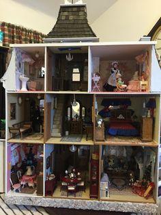 Greenleaf - Beacon Hill Dollhouse - (back)