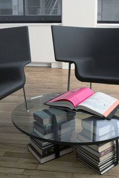 *books, coffee table, magdalena keck interior design - 80/20 square NY