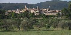 Les plus beaux villages de France: Lourmarin dans le Vaucluse