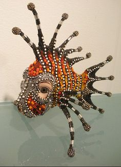 Bead Sculpture Betsy Youngquist -- Something like this would make a great mask! Bead Crafts, Arts And Crafts, Paperclay, Beaded Animals, Assemblage Art, Fish Art, Schmuck Design, Mosaic Art, Bead Art