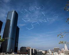 Gags in the Sky – Comedian verewigt sich über Los Angeles   Schlecky Silberstein