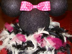 Minnie Mouse Centerpiece with feathers