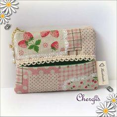 Zipper + Tissue Pouch