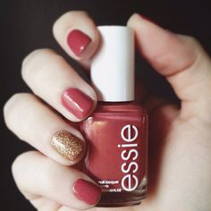 Pinning a Pinterest-inspired manicure