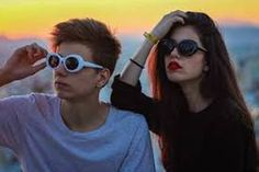 Αποτέλεσμα εικόνας για πουρναρας instagram Youtubers, Round Sunglasses, Instagram, Fashion, Moda, La Mode, Fasion, Youtube, Fashion Models