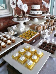 undefined Cake Bars, Dessert Bars, Dessert Table, Dessert Bar Wedding, Wedding Desserts, Tapas, Halloween Party Snacks, Birthday Brunch, Coffee Break