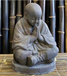 Petit Bouddha de pierre